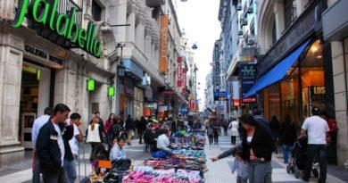 Denuncian que el Gobierno porteño incumplió promesas a vendedores ambulantes