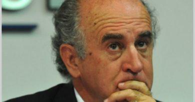 Oscar Parrilli: «No debemos olvidarnos de donde viene la deuda, que es irracional e ilógica»