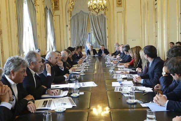 Macri con gobernadores cuarto intermedio de una semana for Cuarto intermedio