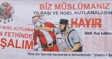 Musulmanes en Turquía se expresan contra la navidad cristiana